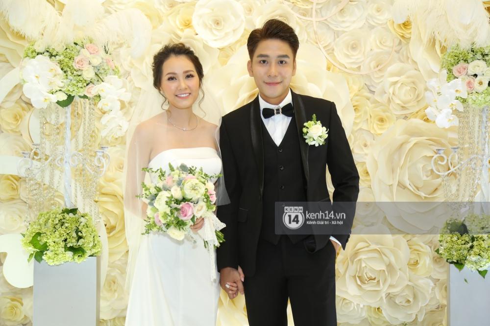 Huy Nam (La Thăng) cưới bà xã hot girl, chính thức lên xe hoa trước người đồng đội Kelvin Khánh - Ảnh 1.