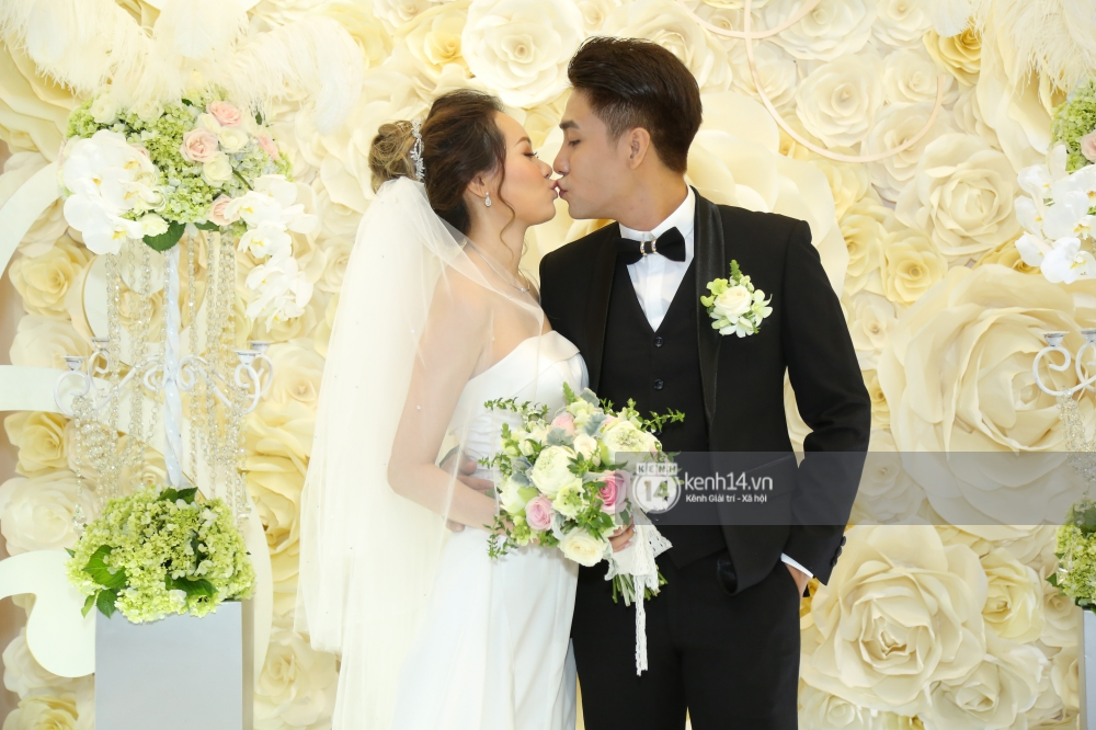 Huy Nam (La Thăng) cưới bà xã hot girl, chính thức lên xe hoa trước người đồng đội Kelvin Khánh - Ảnh 3.