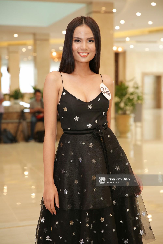 42 thí sinh Hoa hậu Hoàn vũ VN xuất hiện rạng rỡ tại họp báo, BTC công bố vương miện dành riêng cho Á hậu - Ảnh 13.