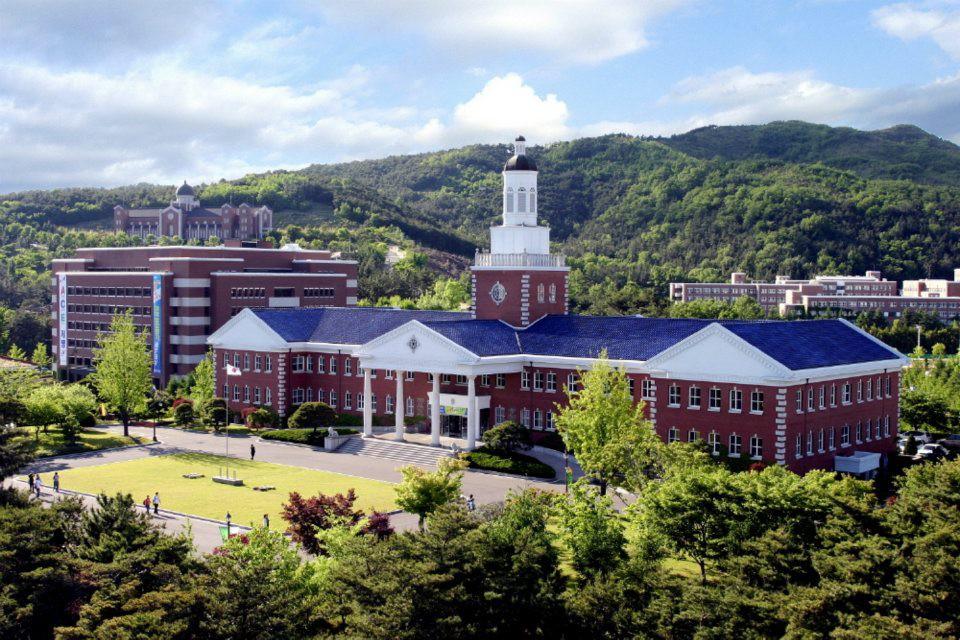 Hơn 100 phim Hàn đều chọn ngôi trường đại học tuyệt đẹp này làm bối cảnh ghi hình - Ảnh 3.