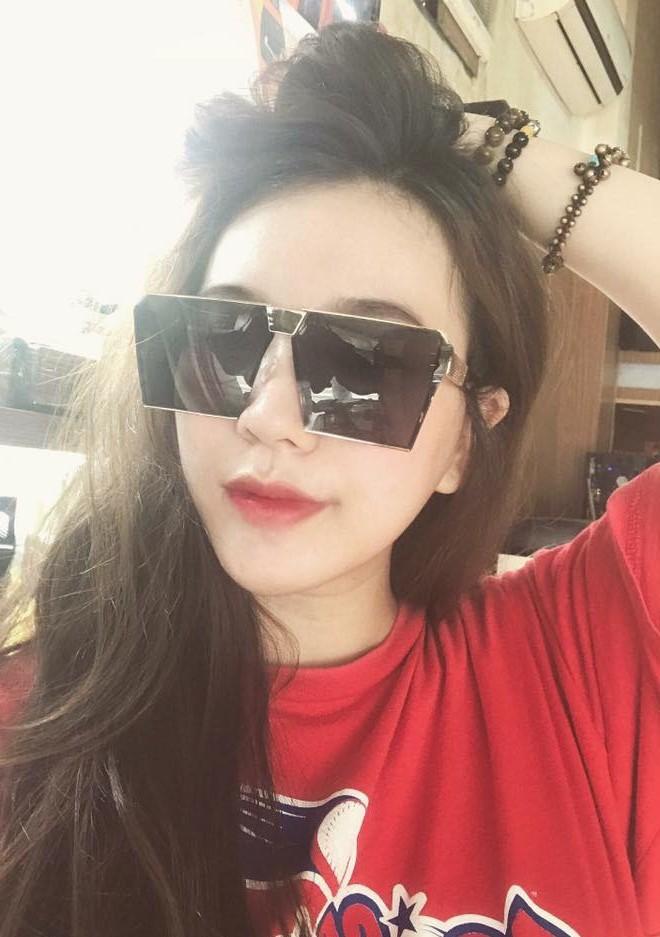 Lại thêm một mẫu kính Hàn dự là sắp hot ở Việt Nam vì Hà Hồ, Kỳ Duyên và rất nhiều fashionista thế giới đã đeo nó - Ảnh 9.