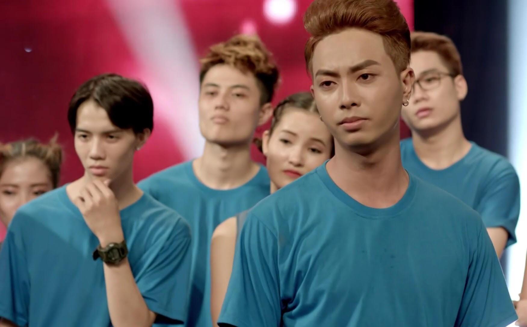 Glee Việt tập áp cuối: Để ủng hộ tinh thần Angela, toàn bộ nữ sinh của Glee đồng loạt mang bầu! - Ảnh 1.