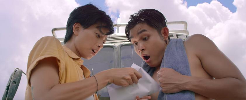 Ngô Thanh Vân làm hung thần xa lộ, cùng Jun Phạm quậy tưng chuyến xe về quê ăn Tết - Ảnh 5.