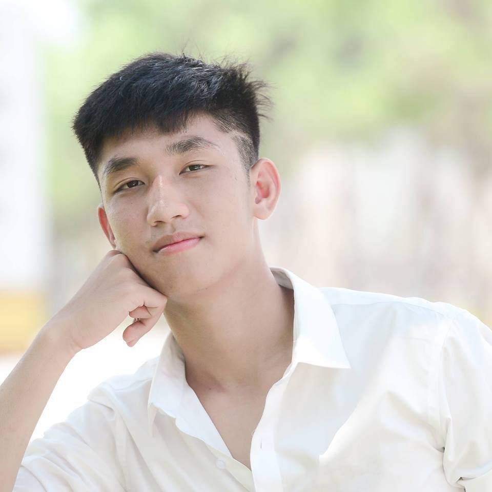 U23 Việt Nam: Chỉ cần diện sơ mi trắng thôi là không cần cưa, cô gái nào cũng đổ! - Ảnh 3.