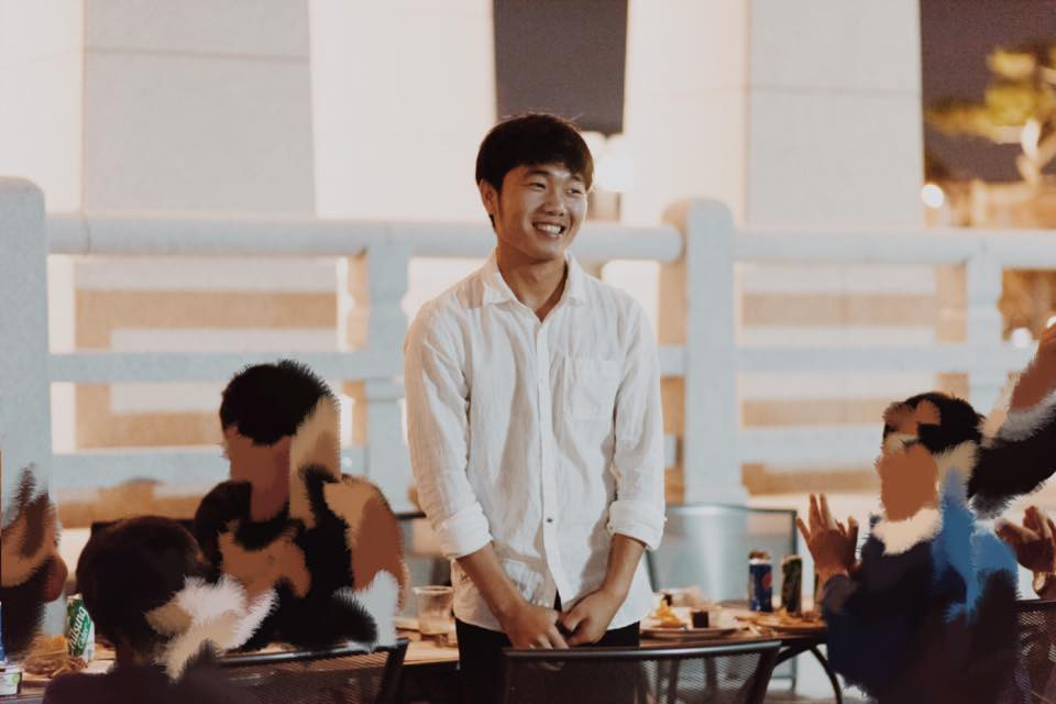 U23 Việt Nam: Chỉ cần diện sơ mi trắng thôi là không cần cưa, cô gái nào cũng đổ! - Ảnh 9.