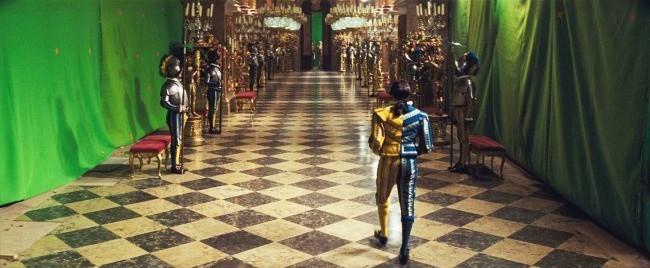 Bóc mẽ 21 cảnh quay vi diệu mà chúng ta thường thấy trên phim - Ảnh 35.
