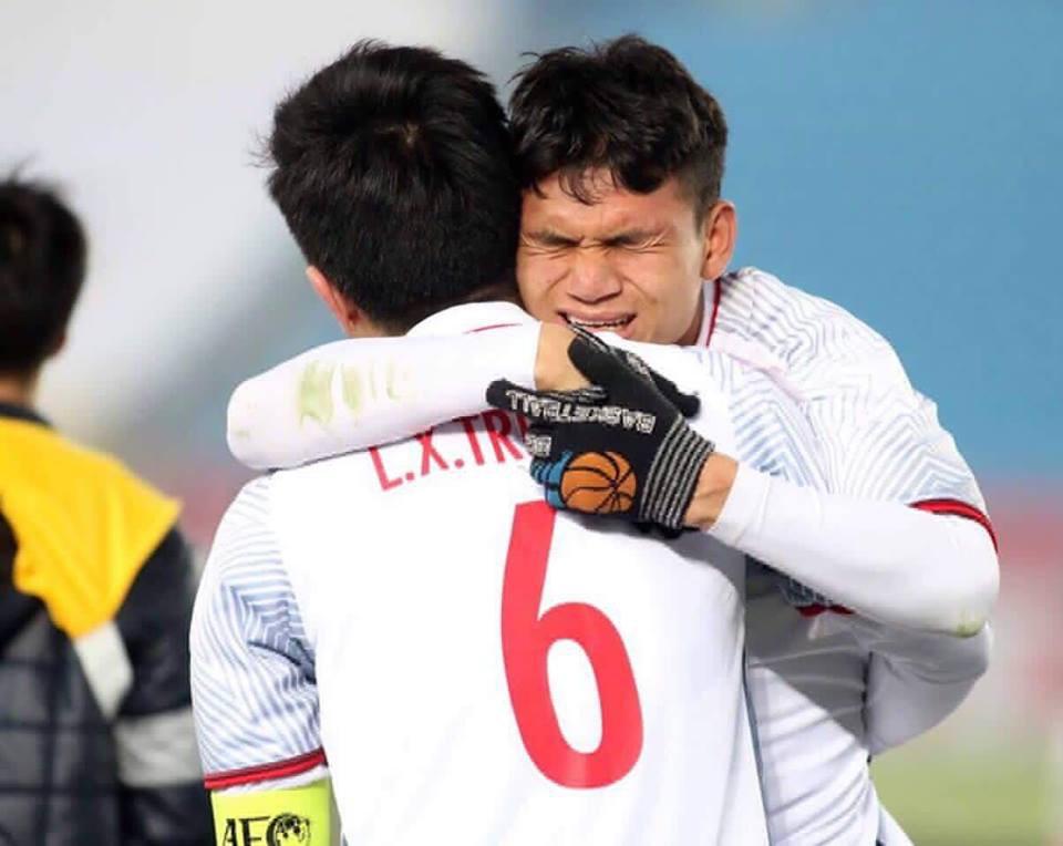 Cầu thủ Phạm Xuân Mạnh: Xong giải chỉ mừng vì có tiền cho mẹ trả nợ - Ảnh 3.