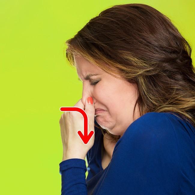Ghi nhớ 14 mẹo đơn giản giúp bạn tự chữa những triệu chứng khó chịu của cơ thể - Ảnh 5.