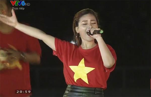 Sơn Tùng M-TP, Đàm Vĩnh Hưng cùng nhiều nghệ sĩ khuấy động không khí Gala vinh danh U23 Việt Nam bằng loạt ca khúc sôi động - Ảnh 7.