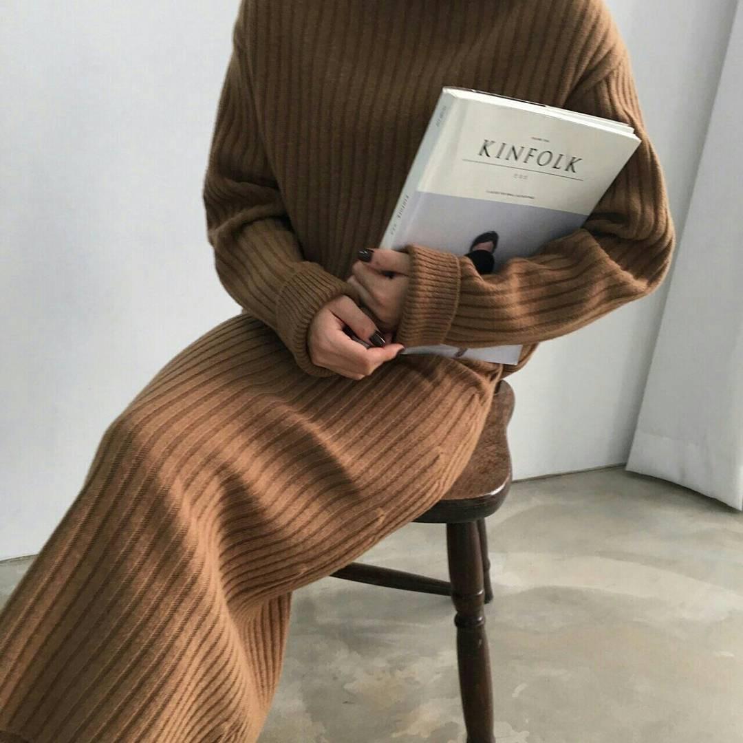 Set áo + váy len đồng màu, công thức hot rần rần sinh ra cho các cô nàng lười nhưng vẫn muốn mặc đẹp mùa đông này - Ảnh 10.