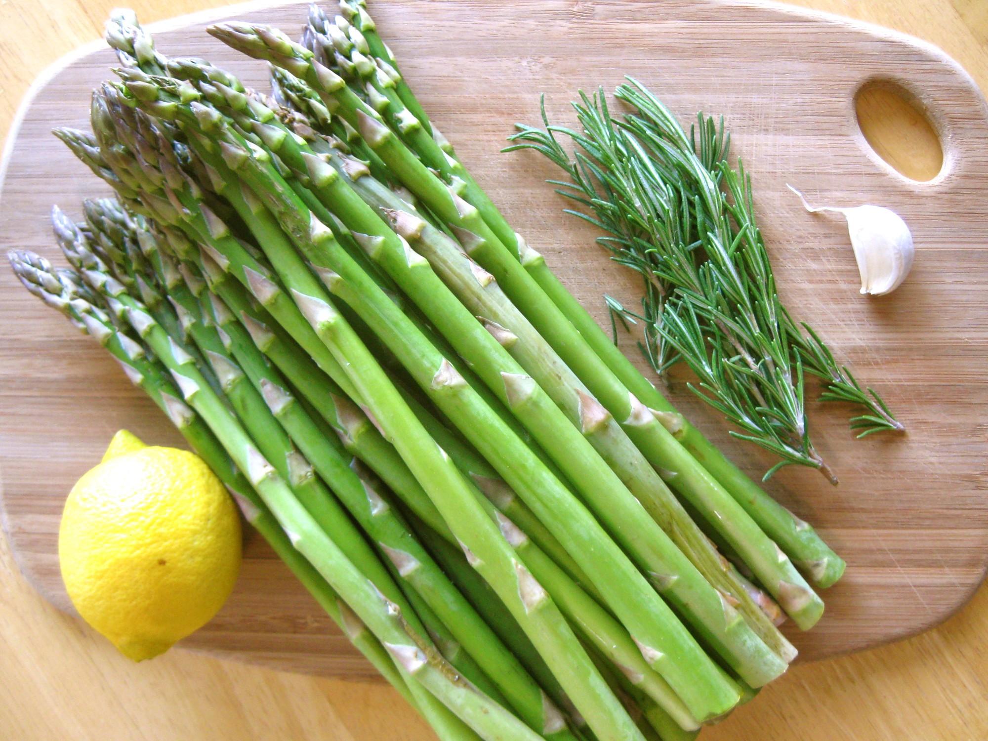 Có những loại rau củ chứa ít calo nhưng mang đến cho bạn nhiều dinh dưỡng tuyệt vời - Ảnh 4.