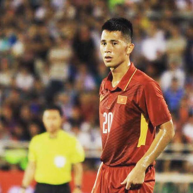 Fangirl đang gọi tên Đình Trọng - chàng cầu thủ sở hữu gương mặt đẹp trai và cực dễ mến - Ảnh 5.
