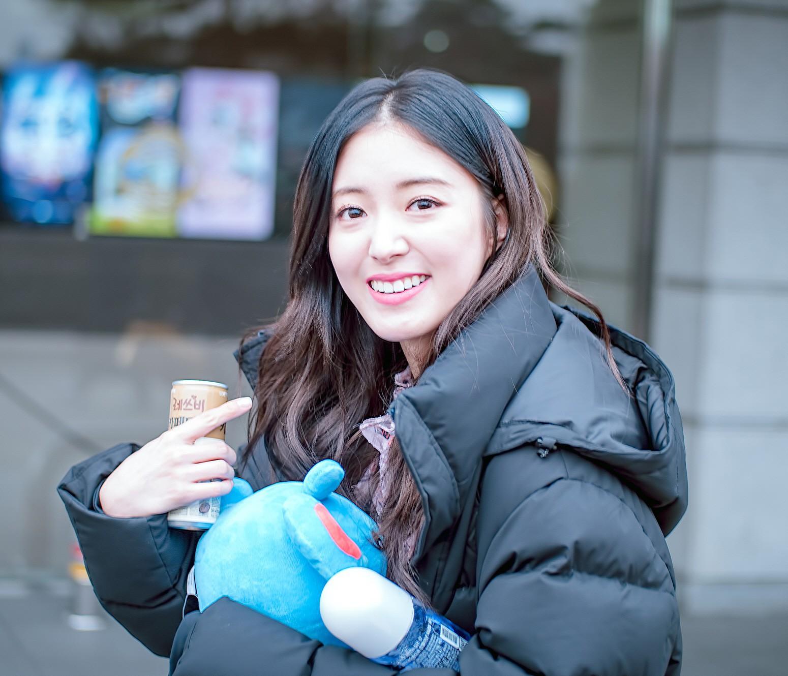 Sao nhí Nàng Dae Jang Geum lột xác thành cương thi Hoa du ký: Đẹp khó tin, hát hay lại còn nhảy không kém idol - Ảnh 27.