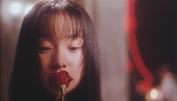 Chiêm ngưỡng ánh mắt đẹp trầm buồn, sâu lắng của sao Hoa ngữ ngàn năm có một