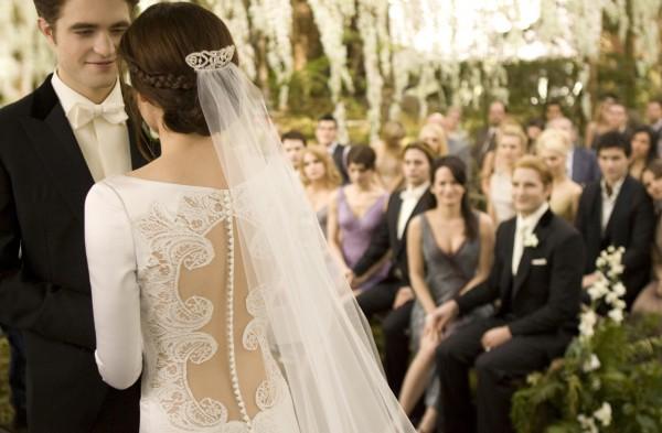 Mời hẳn nhà thiết kế quốc tế của phim Twilight, tiệc cưới của Taeyang sẽ hoành tráng và đẹp tựa tiên cảnh - Ảnh 4.