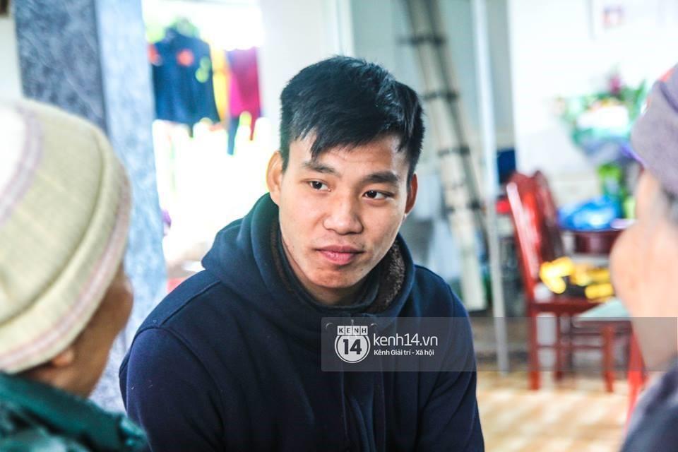 Văn Thanh nói về màn khoanh tay ăn mừng và tiết lộ chàng cầu thủ mà anh quý mến nhất trong đội tuyển U23 Việt Nam - Ảnh 4.