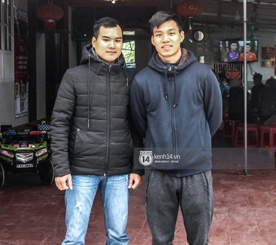 Văn Thanh nói về màn khoanh tay ăn mừng và tiết lộ chàng cầu thủ mà anh quý mến nhất trong đội tuyển U23 Việt Nam - Ảnh 1.
