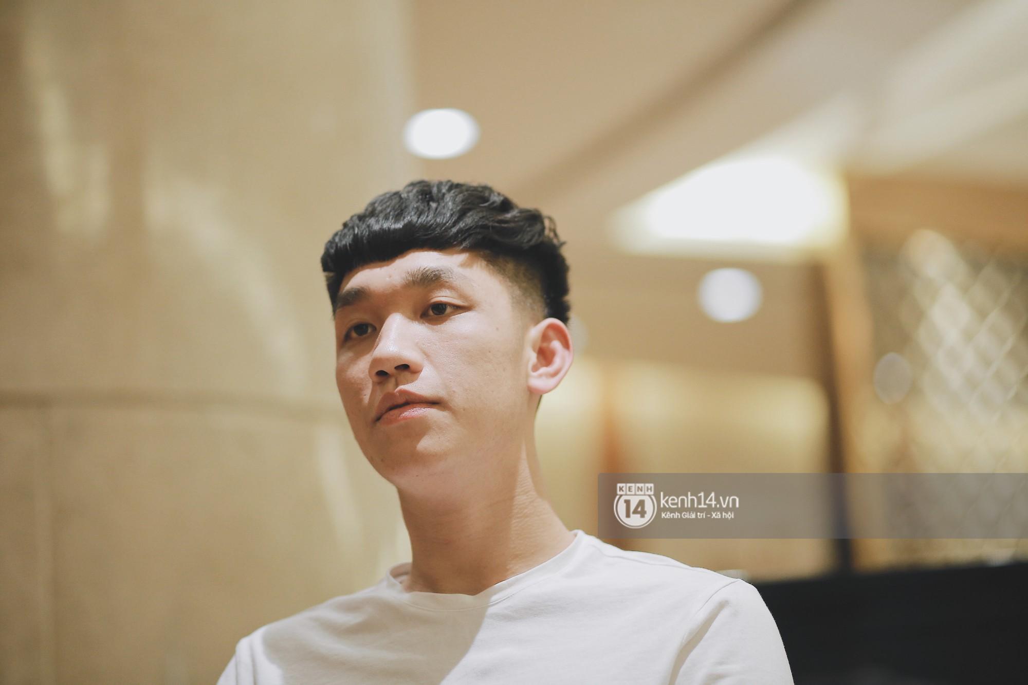 """Trọng Đại - anh chàng """"cool ngầu"""" của U23: Nếu là con gái sẽ chọn Văn Đức hoặc Văn Hậu để... hẹn hò - Ảnh 1."""
