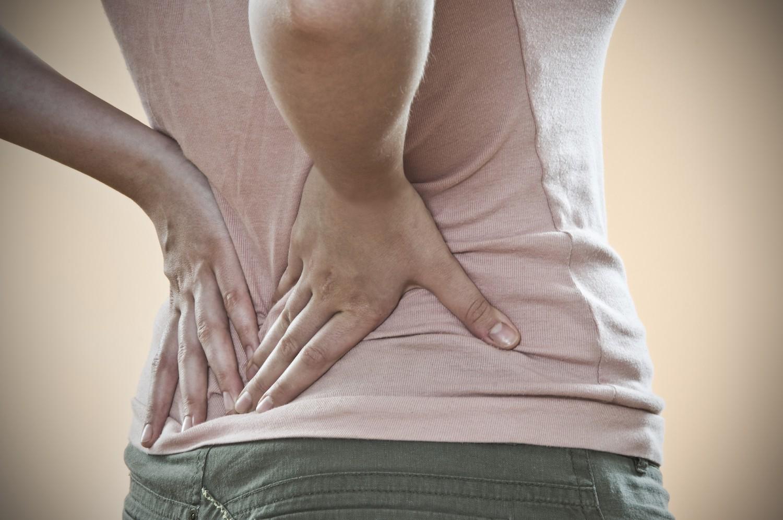 Những vấn đề sức khoẻ mà bạn có thể gặp phải nếu thường xuyên có hiện tượng đau lưng - Ảnh 3.