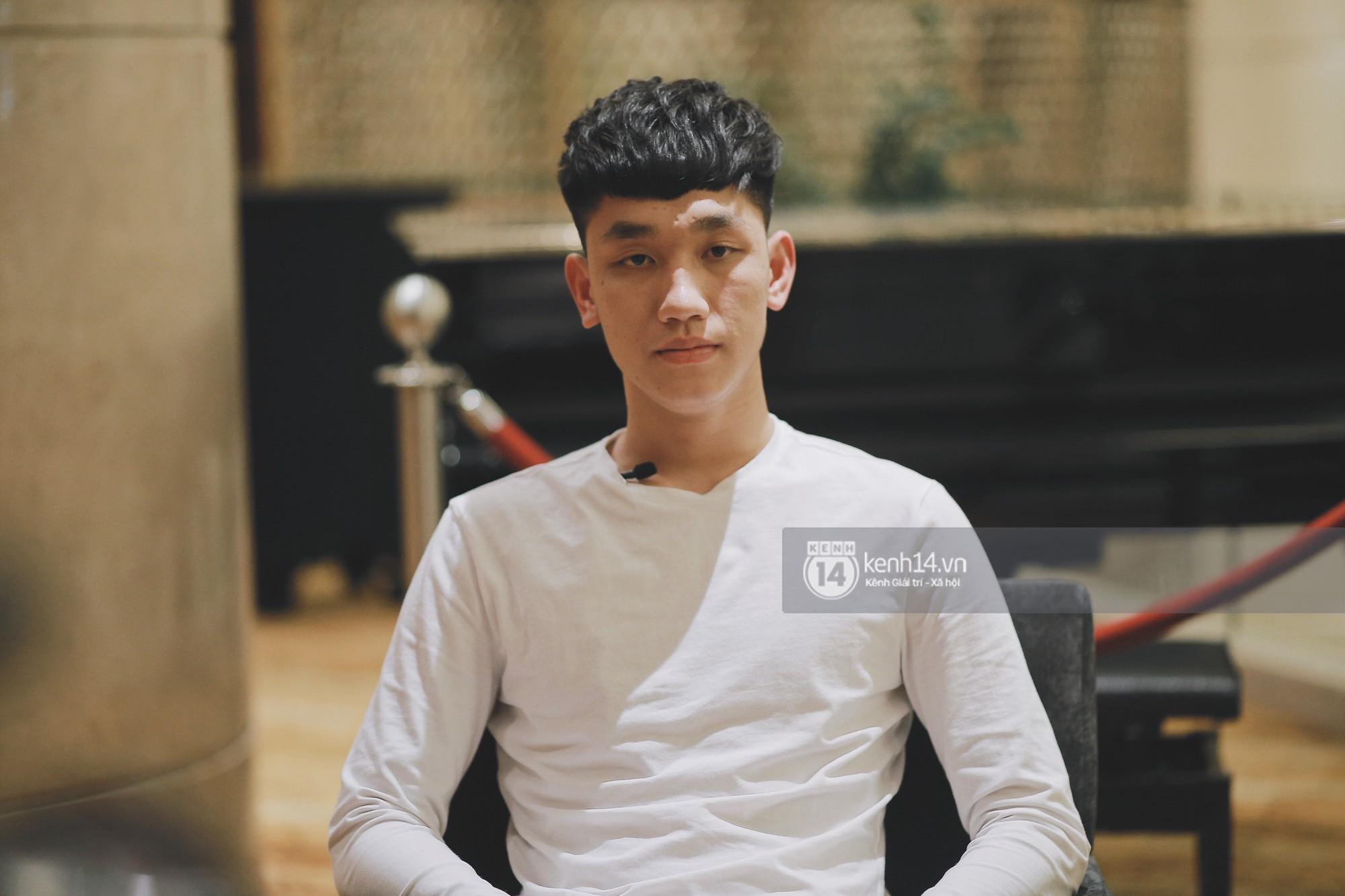 """Trọng Đại - anh chàng """"cool ngầu"""" của U23: Nếu là con gái sẽ chọn Văn Đức hoặc Văn Hậu để... hẹn hò - Ảnh 3."""