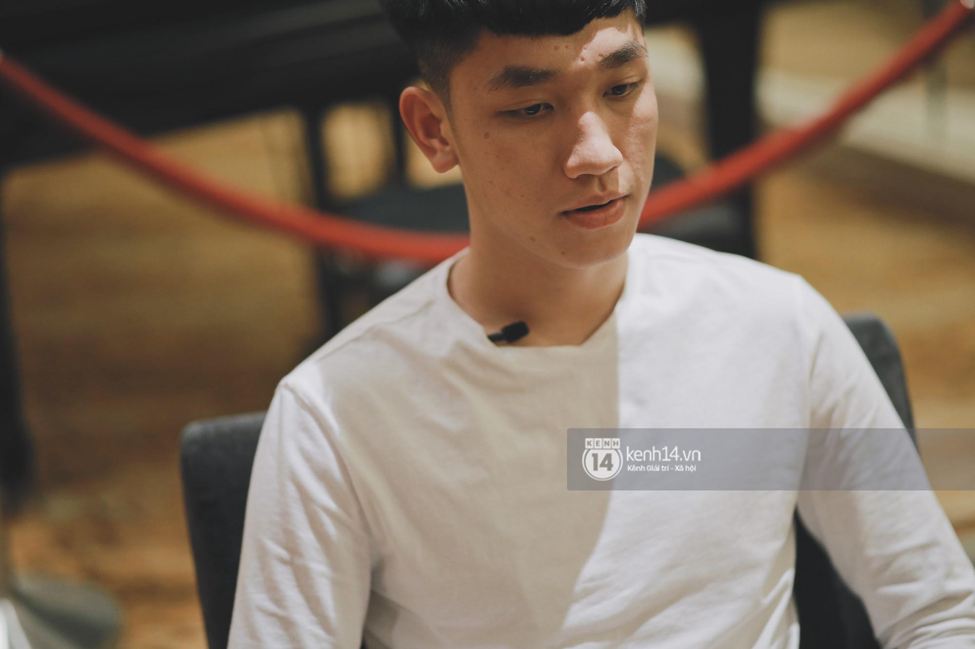 """Trọng Đại - anh chàng """"cool ngầu"""" của U23: Nếu là con gái sẽ chọn Văn Đức hoặc Văn Hậu để... hẹn hò - Ảnh 6."""