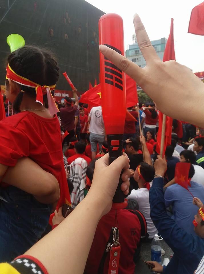 Nhờ U23, hội các fan Kpop đã tìm ra được một ngày gọi là ngày hoà bình fandom Việt Nam - Ảnh 9.