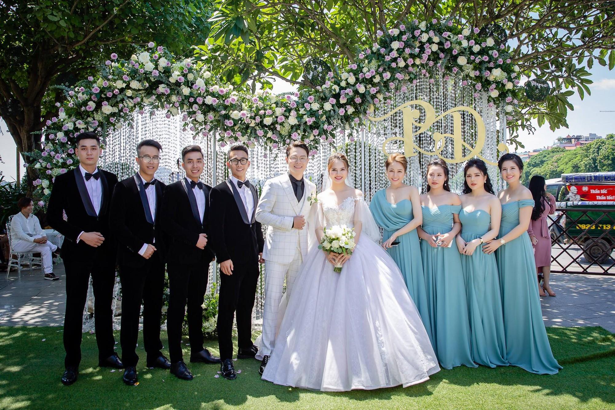 Trâm Anh khoe ảnh làm phù dâu xinh đẹp với hội bạn thân, tiết lộ 5 năm nữa sẽ cưới - Ảnh 4.