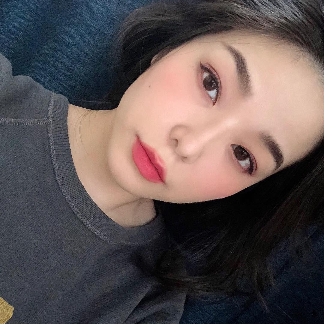 Review son lì MAC Powder Kiss hot hit mới toanh: cận cảnh chất son và những gam màu đẹp nhất, hợp con gái châu Á nhất - Ảnh 18.