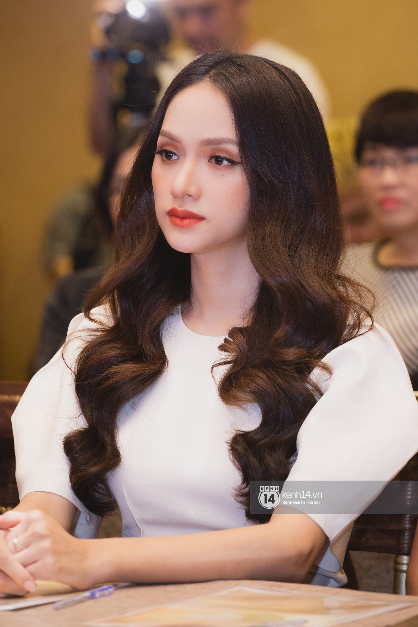 Chị Đại của Next Top châu Á - Cindy Bishop ghi hình show thực tế cùng Hồ Ngọc Hà, Hương Giang - Ảnh 7.