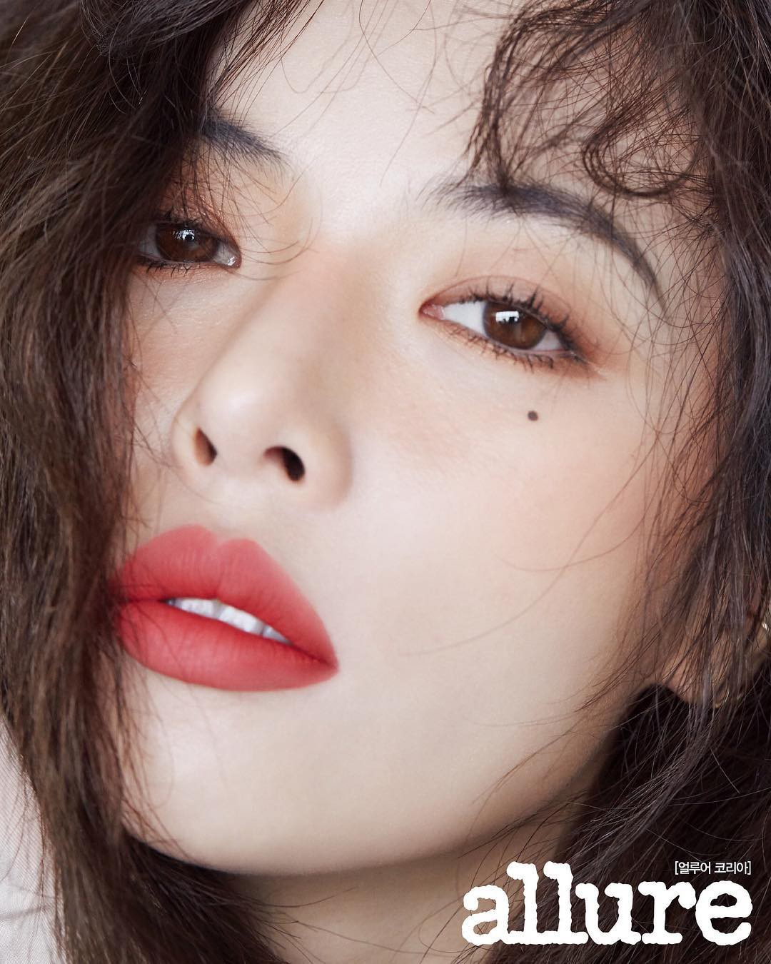 Review son lì MAC Powder Kiss hot hit mới toanh: cận cảnh chất son và những gam màu đẹp nhất, hợp con gái châu Á nhất - Ảnh 17.