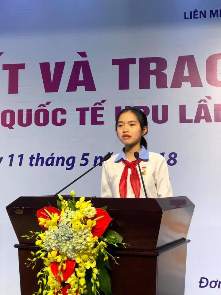 Trả lời câu hỏi Ông già Noel có thực không, nữ sinh Hải Dương giành giải 3 cuộc thi viết thư quốc tế UPU - Ảnh 2.