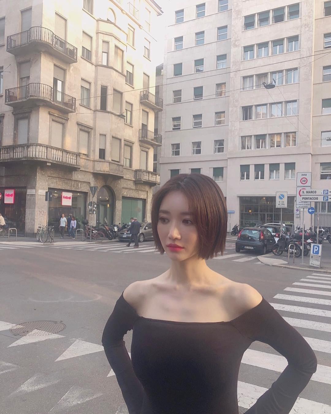 Nổi tiếng cổ dài gợi cảm nhưng vì chiếc áo này mà ưu điểm của Go Joon Hee lại trở nên đáng sợ - Ảnh 3.
