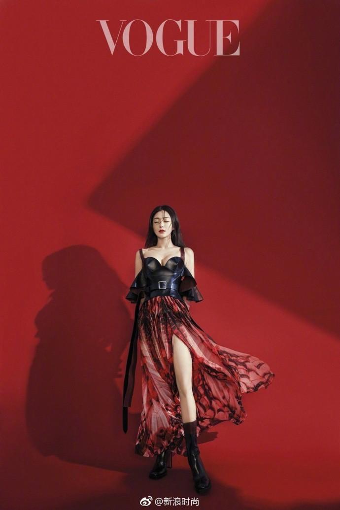Hai nàng Phú Sát Hoàng Hậu đụng độ nhan sắc trên bìa tạp chí: Tần Lam - Đổng Khiết ai hơn ai? - Ảnh 9.