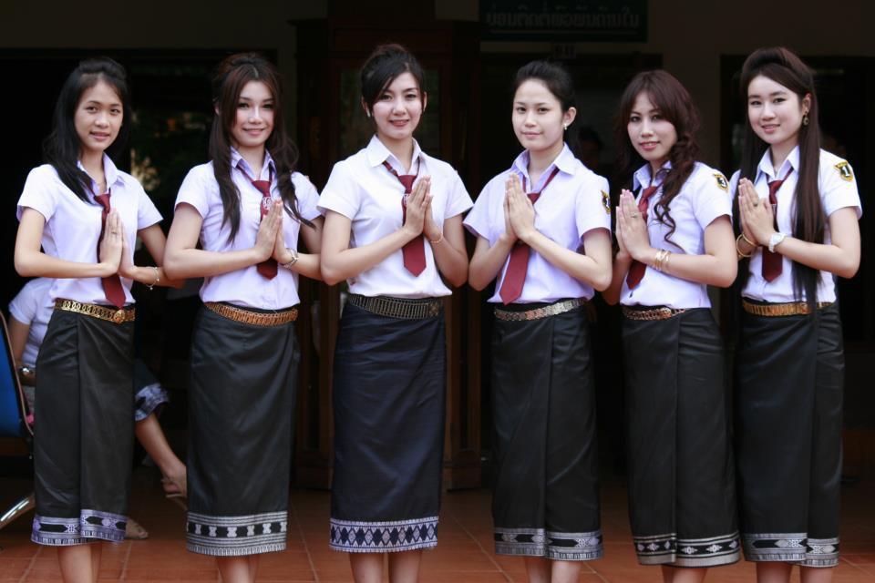 Khám phá đồng phục của học sinh, sinh viên thế giới: Nơi gây choáng vì đắt đỏ, nơi ấn tượng mạnh về độ độc đáo - Ảnh 26.