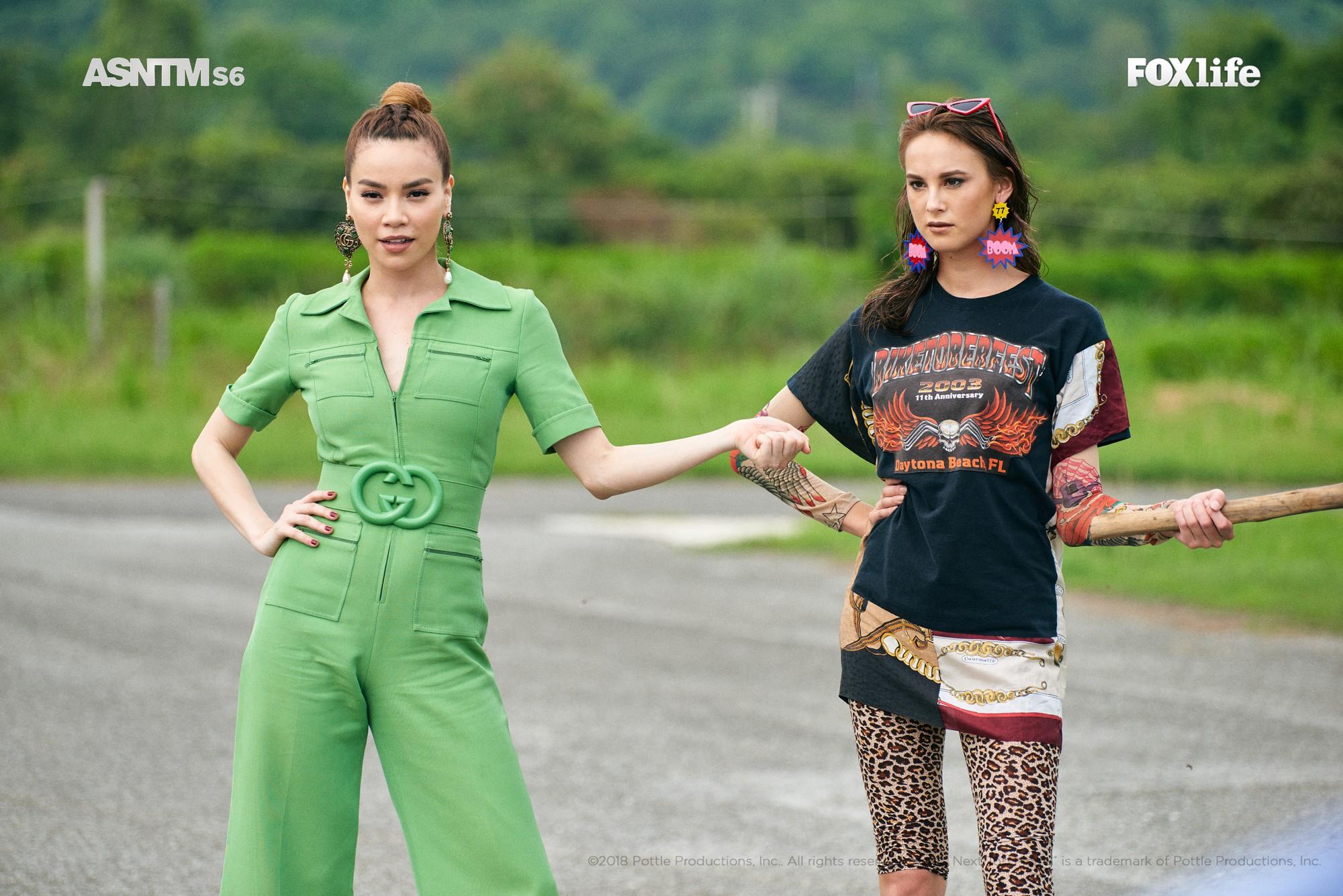 Clip: Không chỉ xuất hiện cho vui, Hồ Ngọc Hà vừa làm giám khảo, vừa lăn xả thị phạm tại Asias Next Top Model! - Ảnh 7.