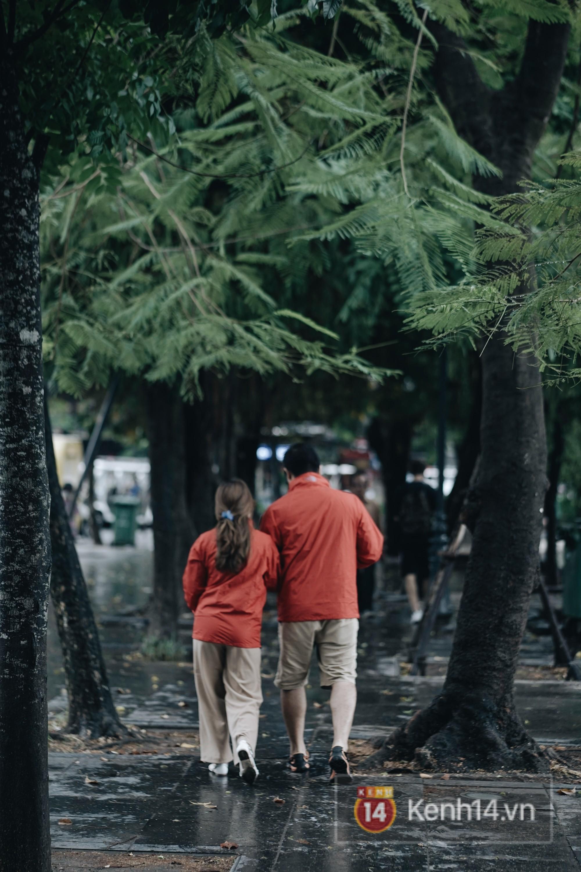 Chùm ảnh: Hà Nội đã có ngày đầu tiên đón gió lạnh đầu mùa thực