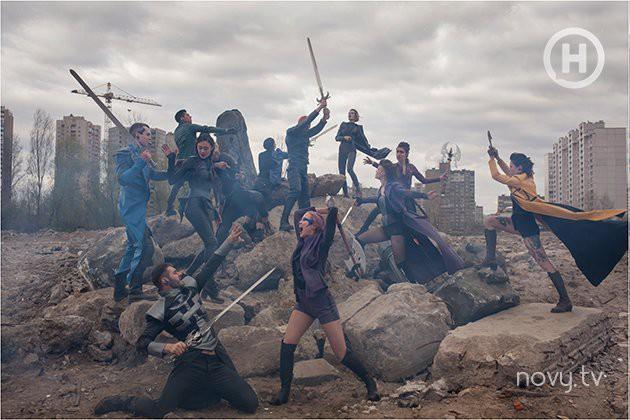 Thêm 1 bộ hình thảm họa của Next Top Ukraine: Đánh đấm, lộn xộn rối cả mắt! - Ảnh 3.