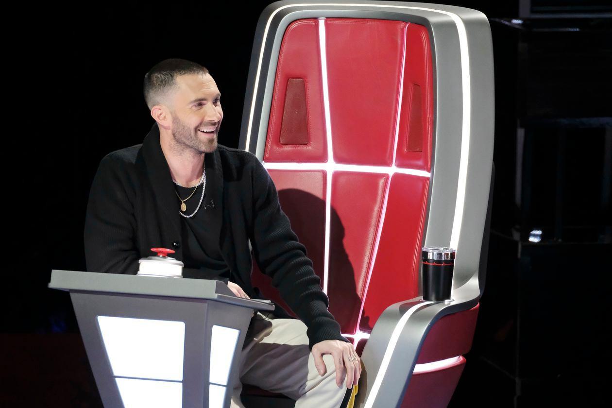 The Voice US: Adam Levine mang cả cô vợ siêu mẫu ra để chiêu dụ thí sinh - Ảnh 4.