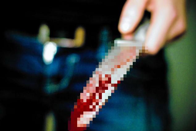 Ác mộng trước Halloween: Cô gái đâm trọng thương bạn vì nghĩ con dao được kẻ bí ẩn trong nhà ma đưa cho là đồ chơi - Ảnh 2.