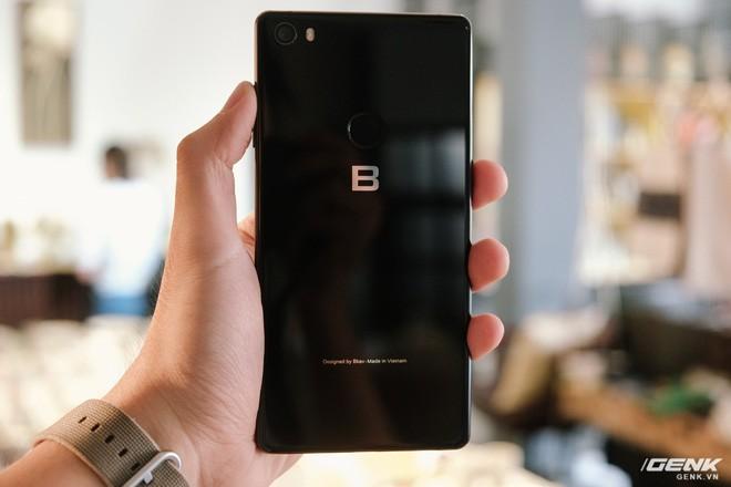 Trên tay đánh giá nhanh Bphone 3: Cuối cùng, người Việt đã có một chiếc smartphone đáng để tự hào - Ảnh 5.