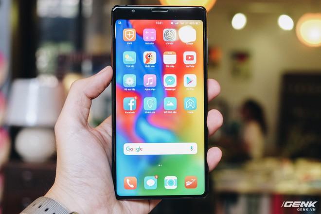 Trên tay đánh giá nhanh Bphone 3: Cuối cùng, người Việt đã có một chiếc smartphone đáng để tự hào - Ảnh 11.