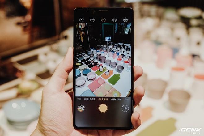 Trên tay đánh giá nhanh Bphone 3: Cuối cùng, người Việt đã có một chiếc smartphone đáng để tự hào - Ảnh 13.