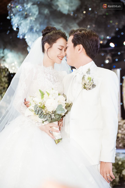 Trường Giang, Trấn Thành: Cuộc sống kết hôn với Nhã Phương và Hari Won - Ảnh 5.