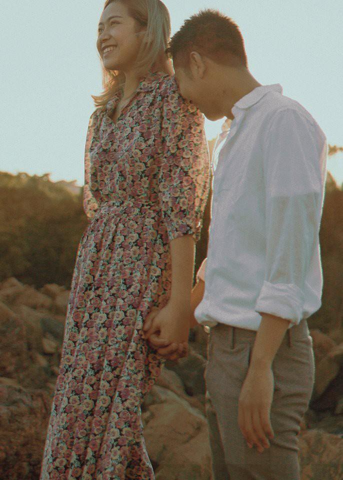 Kỷ niệm 1 năm yêu nhau, chàng du học sinh chở bạn gái đi chụp bộ ảnh đẹp như phim và bất ngờ cầu hôn - Ảnh 4.