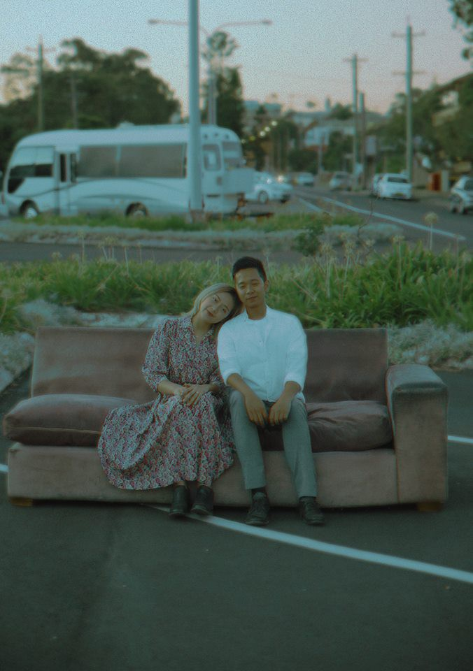 Kỷ niệm 1 năm yêu nhau, chàng du học sinh chở bạn gái đi chụp bộ ảnh đẹp như phim và bất ngờ cầu hôn - Ảnh 9.