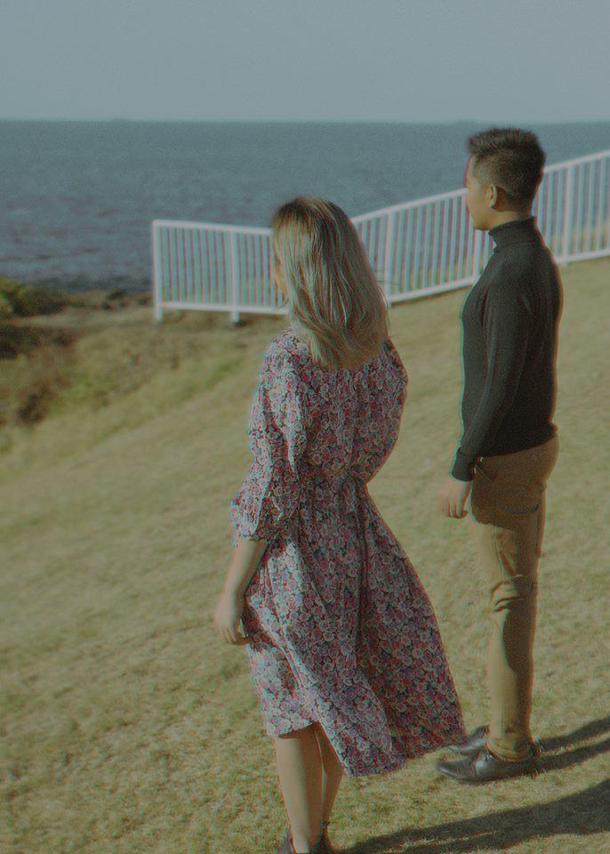 Kỷ niệm 1 năm yêu nhau, chàng du học sinh chở bạn gái đi chụp bộ ảnh đẹp như phim và bất ngờ cầu hôn - Ảnh 10.