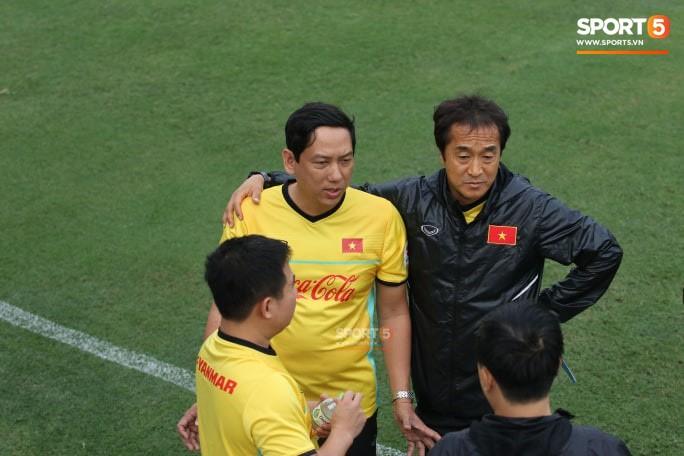 HLV Park Hang-seo có trợ lý mới trong ngày đầu tập trung đội tuyển Việt Nam - Ảnh 2.