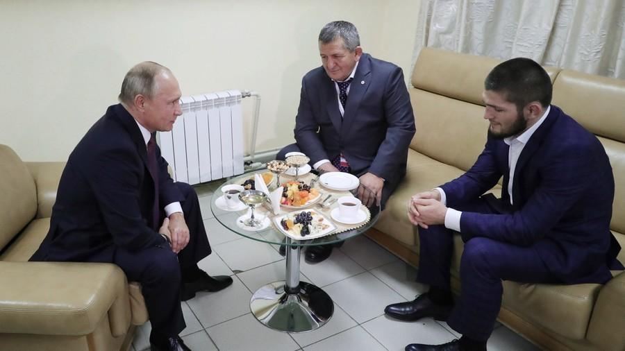 Câu nói đầy bất ngờ và ấn tượng của Tổng thống Vladimir Putin khi gặp độc cô cầu bại Khabib - Ảnh 1.