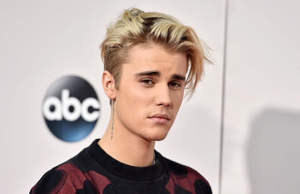 Top gương mặt đẹp nhất thế giới 2018: V (BTS) vượt qua Justin Bieber, mỹ nhân TWICE này bất ngờ giành hạng 1 - Ảnh 3.