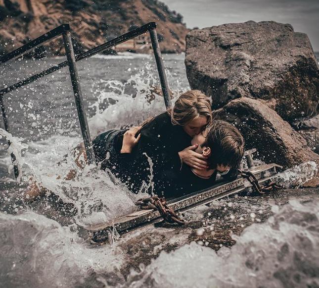 Đông về bạn đã có gấu chưa? hãy xem bộ ảnh tình tứ bên bờ biển của nhiếp ảnh gia Tây Ban Nha để thêm động lực thoát kiếp FA nhé! - Ảnh 4.